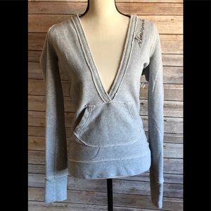 🌲5/$25 Abercrombie & Fitch Gray V-neck Hoodie